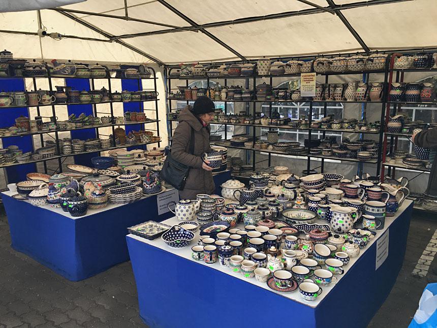 Bazar z ceramiką z Bolesławca