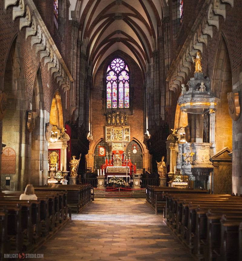 Wnętrze wrocławskiej katedry