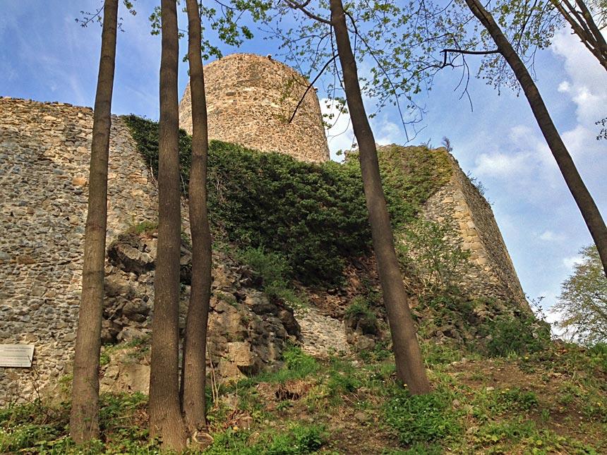 Замок Ленно в Польше