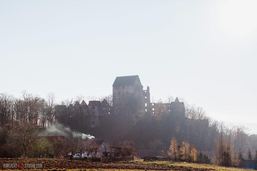 Zamek Świny - jesienna panorama