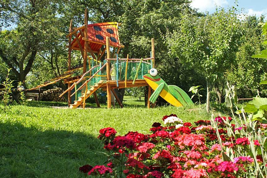 Przydomowy ogród w Sudetach
