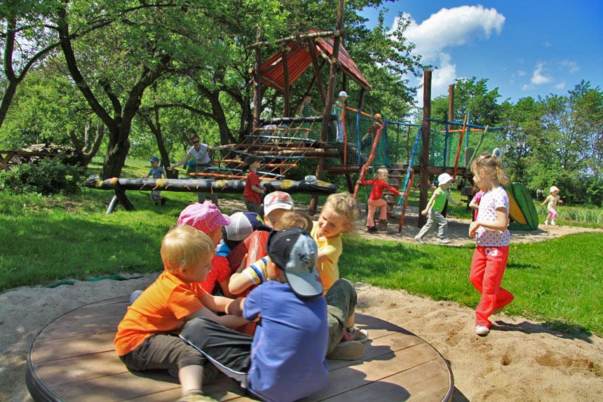 Детская площадка на Вилле Грета