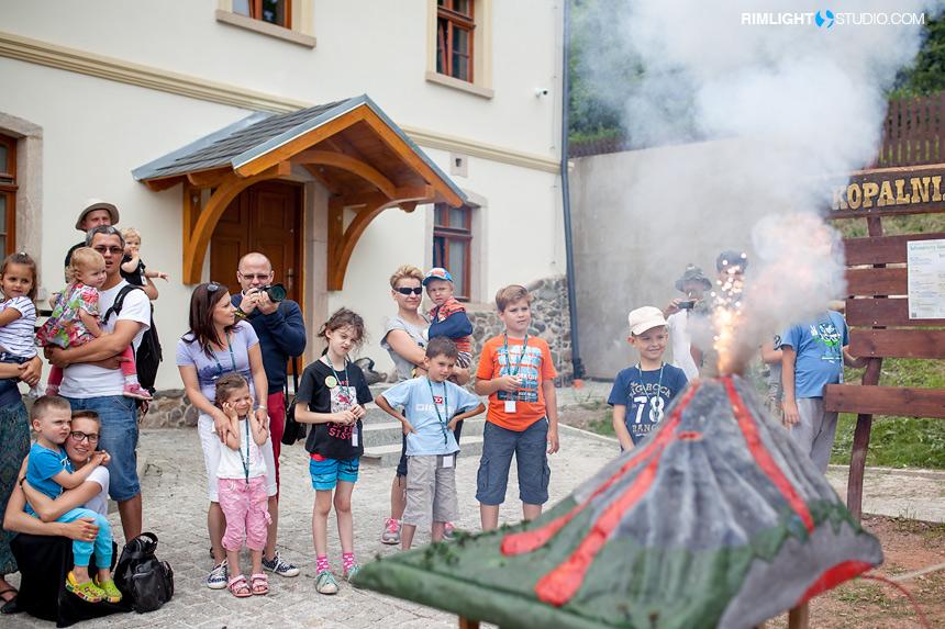 Pokaz wybuchu wulkanu w Dobkowie
