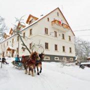 Zima w Dobkowie