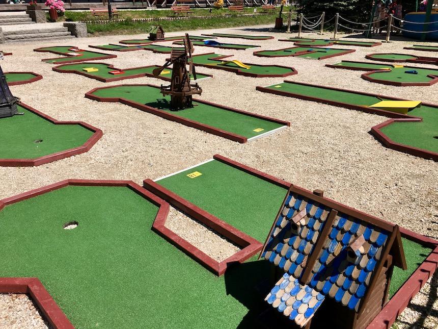 Mini-golf w parku Esplanada